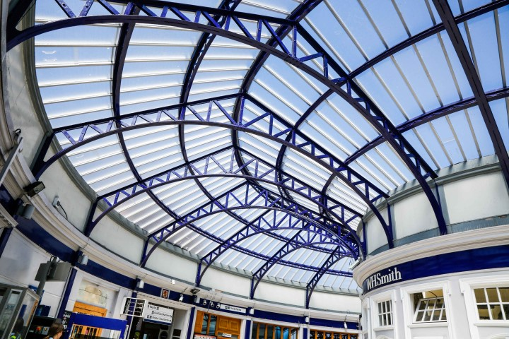 GW Polycarbonate roof glazing at Stirling Station