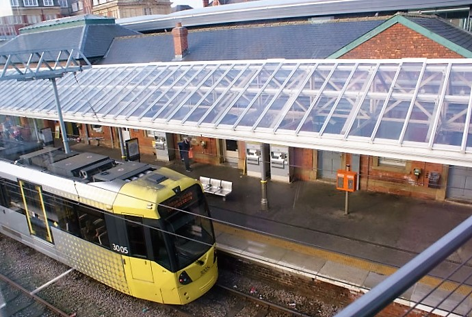 Light floods through the 6mm solid polycarbonate glazed canopy at Altrincham station