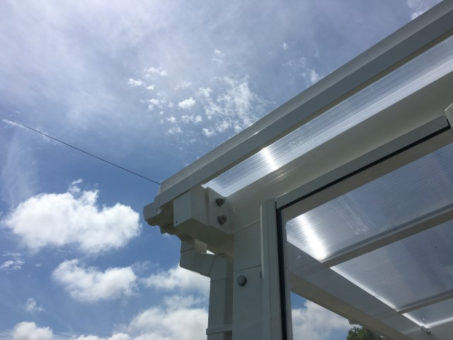25mm multiwall polycarbonate roof glazing & 6mm solid polycarbonate vertical glazing
